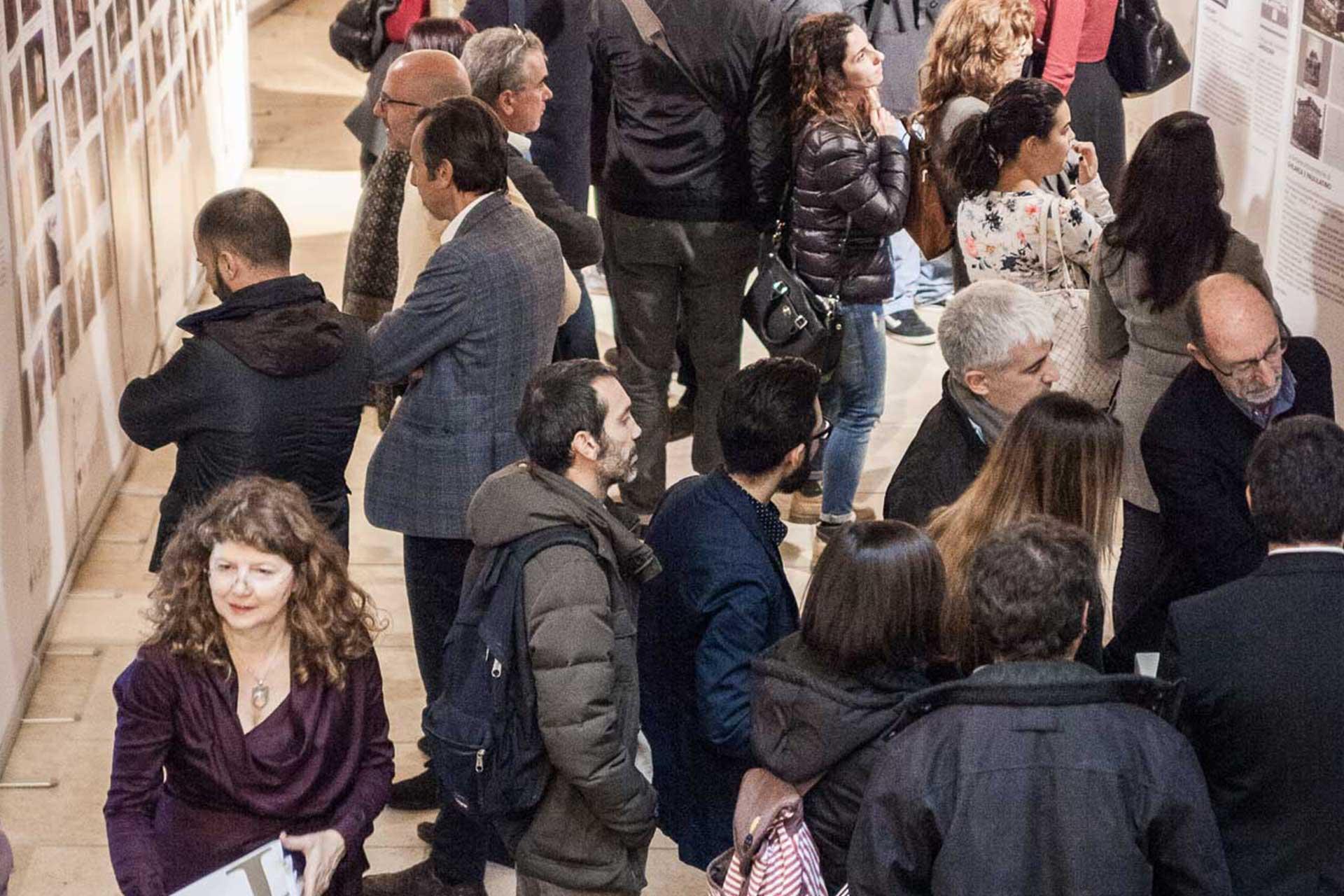 Fontane di Sardegna - Mostre e Convegni - 11 oriz